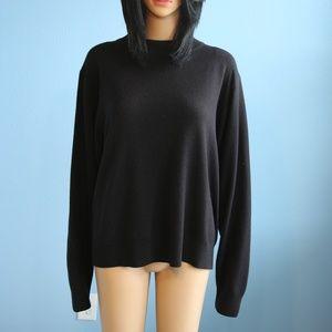 Sag Harbor Long Sleeve Black Crew Neck Sweater
